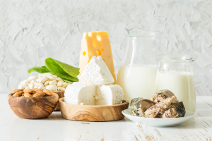 Bodegón de quesos y lácteos, calcio